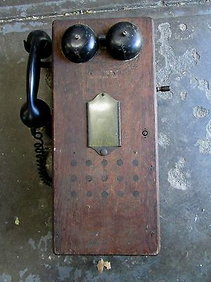 Antique Wooden Wall Phone Telephone Magneto Bakelite Hand Piece