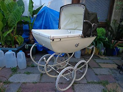 Dolls Pram Silver Cross Carriage Coach Built English Possibly 1950's ? ?