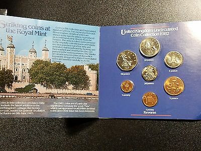 1982 United Kingdom Uncirculated Coin Collection 7 Coin Set in Folder