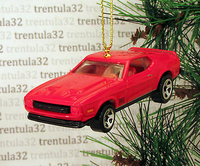 /'71 FORD MUSTANG MACH 1 1971 RED GOLD BLACK CHRISTMAS TREE ORNAMENT XMAS