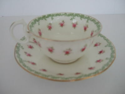 Aynsley VTG bone china tea cup and saucer – white with pink roses, green leaves