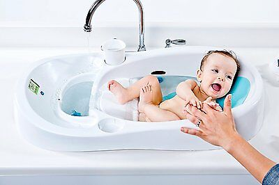 4moms Smart Clean Water Newborn Baby Sink Bath Tub with LCD Digital Thermometer