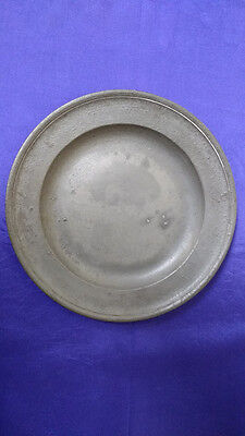 17th Century Single Reed Pewter Plate by Thomas King