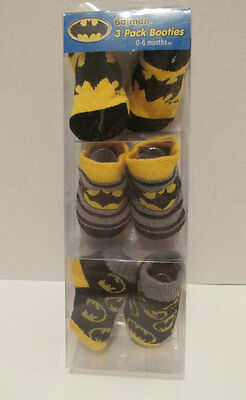 BATMAN 3 Pack Infant Baby Booties Socks 0-6 Months - NEW IN PACKAGE - DC Comics