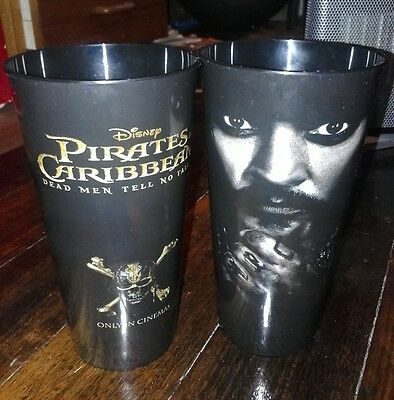 Pirates of the Carribean: Dead Men Tell No Tales 2017 lenticular cup x2 ltd ed
