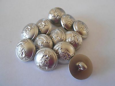 M33 * 12 Silver Shield Patterned Resin Shank Buttons New & Unused 18Mm