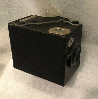 Vintage antique occupied japan small baby box camera w viewfinder -rare-