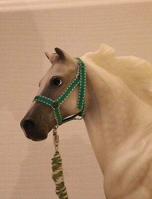 Halter and lead for Breyer traditionals- Green and white