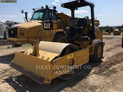 2015 CATERPILLAR CS44 Rollers