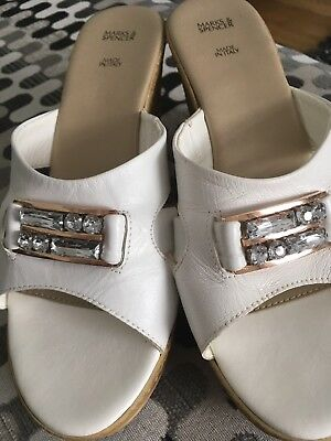 sandals size 3 189 by marks spencer 163 2 00