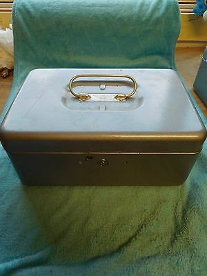 Vintage Steel Metal Cash Lock Box WITH 1 Key ~ FREE SHIPPING~