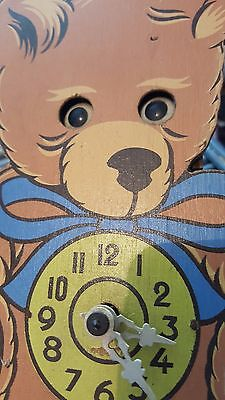 Antique cuckoo clock - Teddy bear - moving eyes - Very Rare Fully working (P 01)