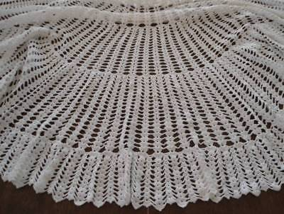 Vintage Cream Crochet Lace Tablecloth Topper Scalloped Fans Round 56""