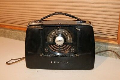Zenith Portable Radio