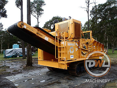 Bandit 1680 Only 785 Hours Horizontal/tub/grinder/mulcher/wood/chipper/shredder