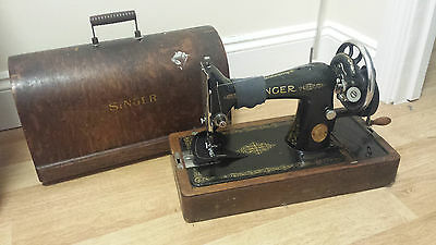 Rare Vintage Manual Singer Sewing Machine 1933 Y8755835 with Original Manual