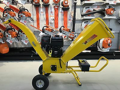 Greatbull GBK65 Chipper Shredder Briggs and Stratton 6.5 hp Engine (Self Feed)