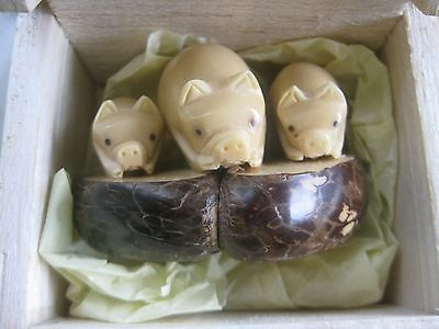 TAGUA NUT Hand Carved Figure of Family of Pigs