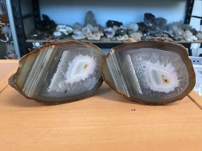 Amazing 1.135 Kilo High Quality Agate Pair - From Brazil (#0389)