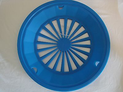 The Great Outdoors 4 Pack Paper Plate Holders Blue $5.99 FREE SHIPPING