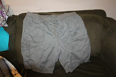 Ladies casual shorts with elastic waist size 18