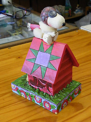 Jim Shore, Peanuts, Snoopy On Dog House Figurine