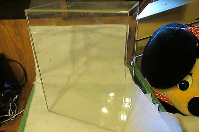 Acrylic Designs Springfield VT Clear Magazine Holder, Free Shipping  US ONLY