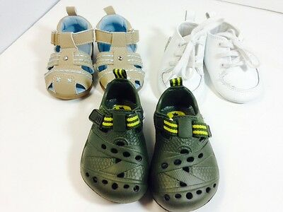 LOT of 3 pairs of baby boy shoes 0-6 months infant. Place brand. Free shipping.