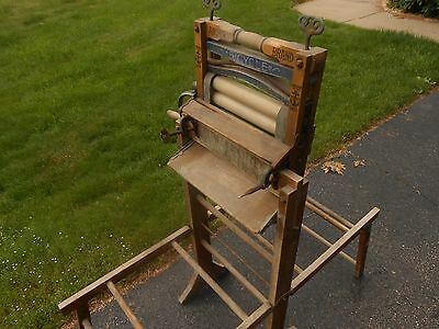 ANTIQUE WRINGER WASHER and FOLDING WASH TUB STAND - Lovell Mfg. Anchor Bicycle