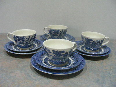 12 Piece Vintage Churchill England Blue Willow China Tea Set Trios - VGC