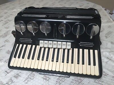 Scandalli Polifonico 120 Bass Accordion