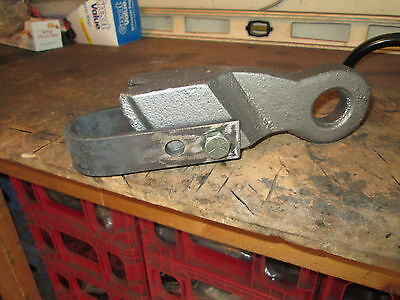 Pipe Dog Dawg Pipe Puller for Windmill Pump Well, New