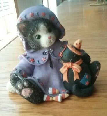 """Calico Kittens """"OUR FRIENDSHIP IS A MAGICAL SPELL 1997 274852 Halloween Enesco"""