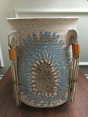 Vtg Mid Century Feather Native American Style Pottery / Architectural Planter