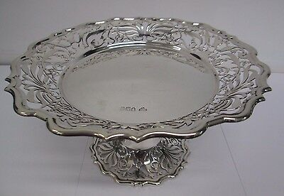 Beautiful Victorian Sterling Silver Cake Stand/Dish by Goldsmiths & Silversmiths
