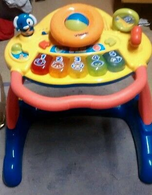 vtech activity walker with detachable top to use activity table vgc