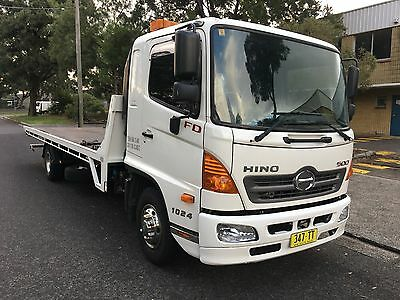 Hino Fd 2010 Model Tilt Tray Tow Truck With Cradle 6 Speed Manual
