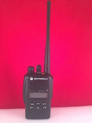 Motorola EX560 XLS UHF 450-527 Portable Radio New Battery With Charger
