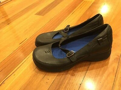 Colorado Leather Flats shoes Size 10 Black Good Condition $149 Removable Lining