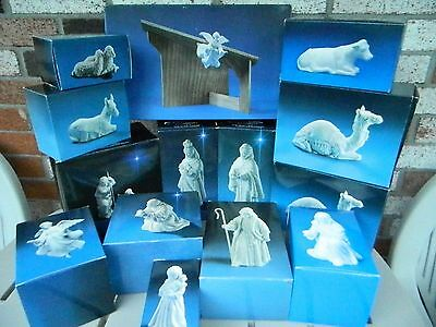 Vintage Avon White Nativity Set 13 Boxes 15 Pieces With Stable Angels Animals