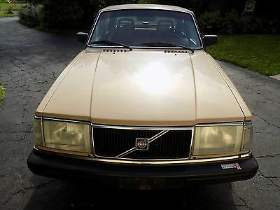 1986 Volvo 240 DL used cars