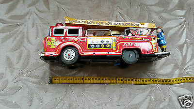 Blechspielzeug Tin toys Time thing FIRE DEPT ladder fire truck made Japan 32 cm