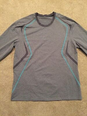 Gorgeous! Men's Lululemon Long Sleeve Shirt.      Gray With Turquoise XL