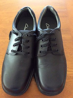 Clarks School Shoes 075F Size 9