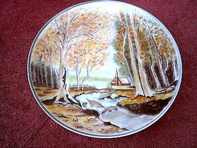 LOVELY  HAND  PAINTED  PLATE  - HAND PAINTED BY DESLEY 1984   24cm