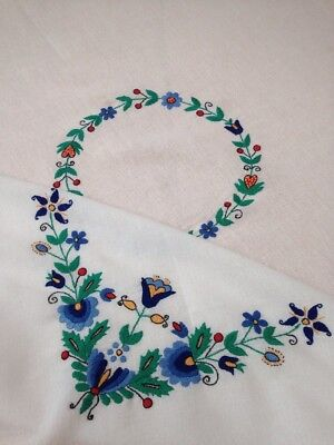 Vintage Linen Tablecloth Hand Embroidered Passion Flower?