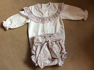 BABY LAI..SPANISH..ROMANY..GIRLS LONG SLEEVE VEST & JAM PANTS OUTFIT..12 Months.