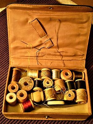 Antique Small Sewing Case Etui w/Old Wood Spools Tat Shuttle Edwardian Victorian