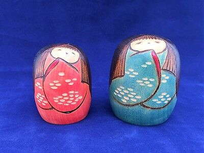 """LOT OF 2 KOKESHI DOLLS JAPAN WOODEN HAND CARVED & PAINTED 2 1/2 """" & 3"""" tall CUTE"""