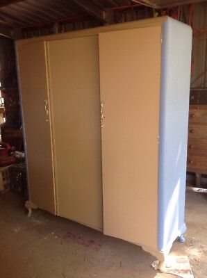 Tack Robe Horse Pony Lockable Saddle Storage Cupboard. TackRobe